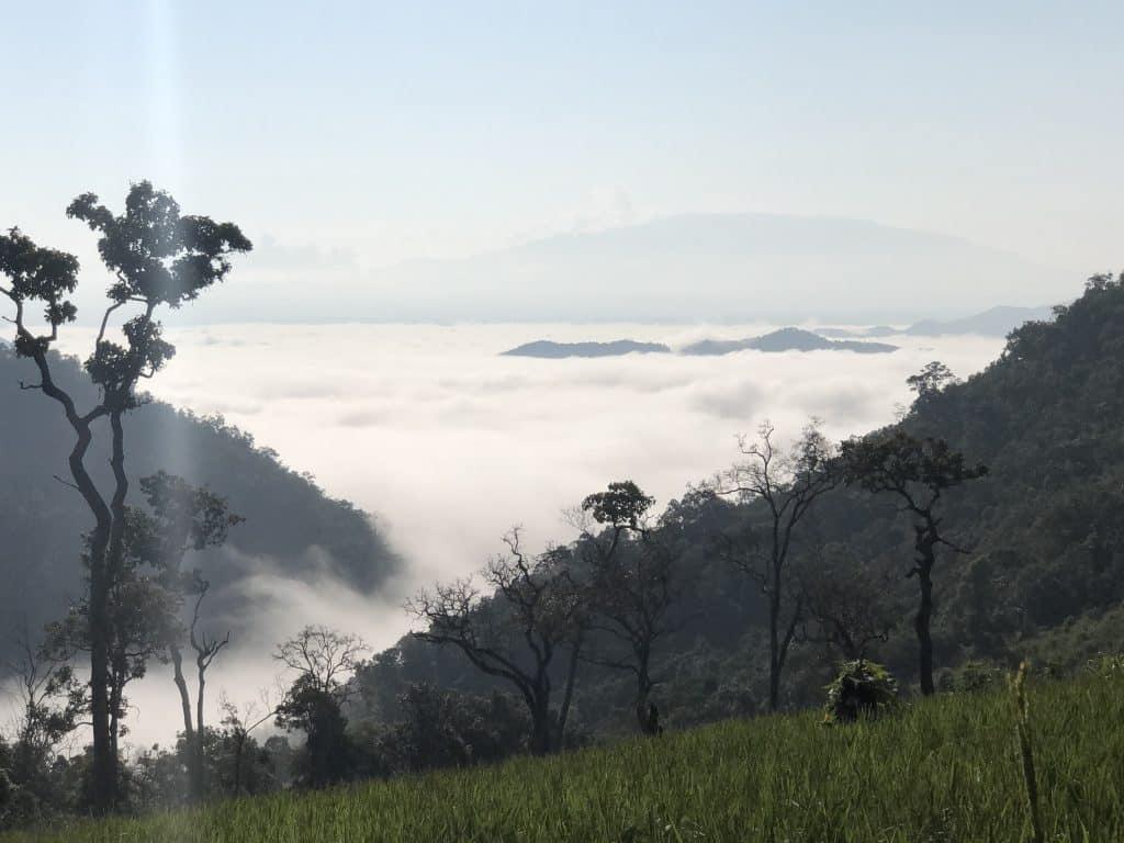 The mountains above Mae La Noi